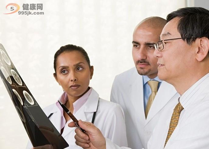 骨肉瘤疾病最常见的临床症状是什么