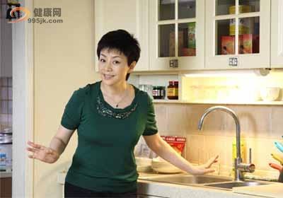 《金太郎的幸福生活》看宋丹丹成功转型舌尖上的母亲