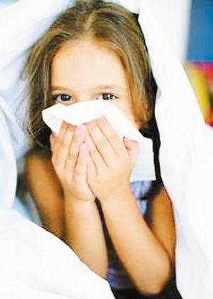 警惕!错误的擤鼻涕方式可引发中耳炎