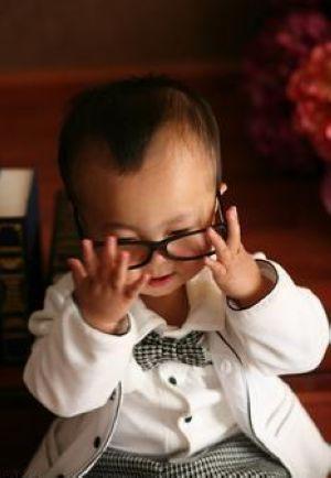 在眼睛的发育过程中不注意,或会发展成远视眼