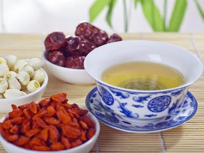 处暑时节,食道癌患者应注意避免进食冷流食