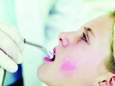 溃疡久治不愈或是口腔癌,警惕口腔癌的五个症状